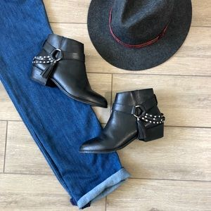 Chinese Laundry Seasons Boots Ankle Moto Tassel